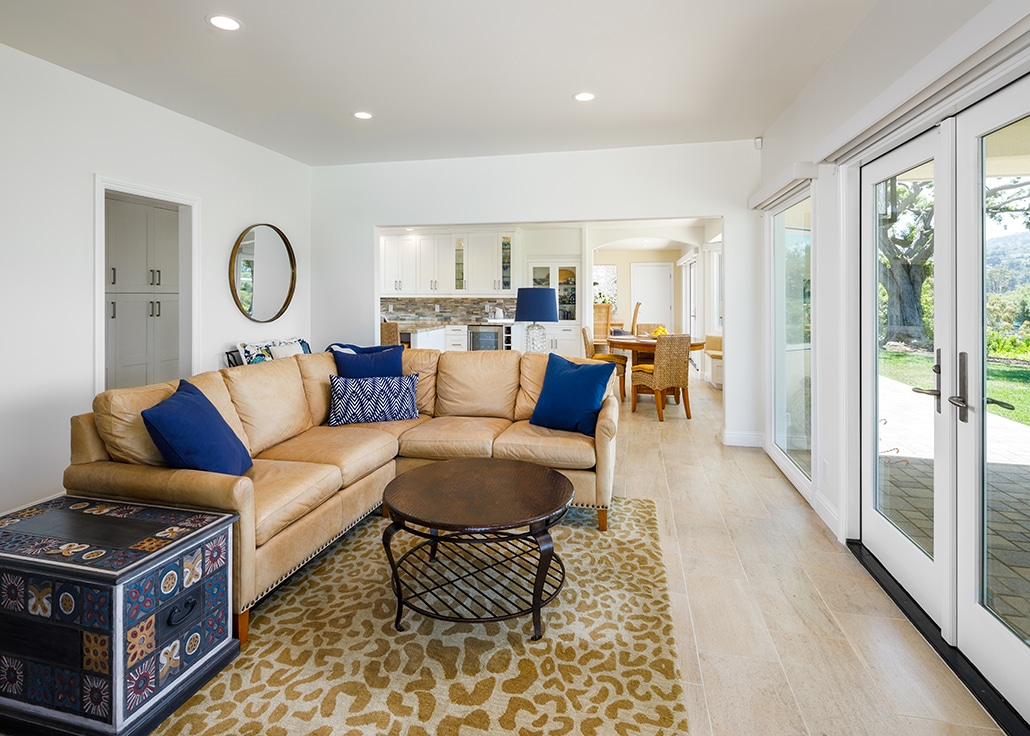 rolling hills family room